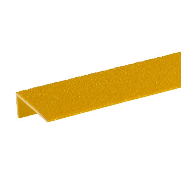 Detalje af en gul, FRP trin næse sikring.