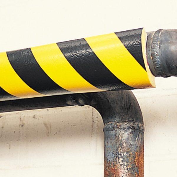 Rør beskyttelses bumper monteret på rør.+