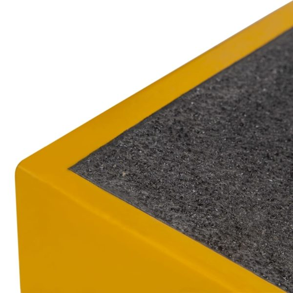 Rampe i sort og gul detalje 760x460x80mm.
