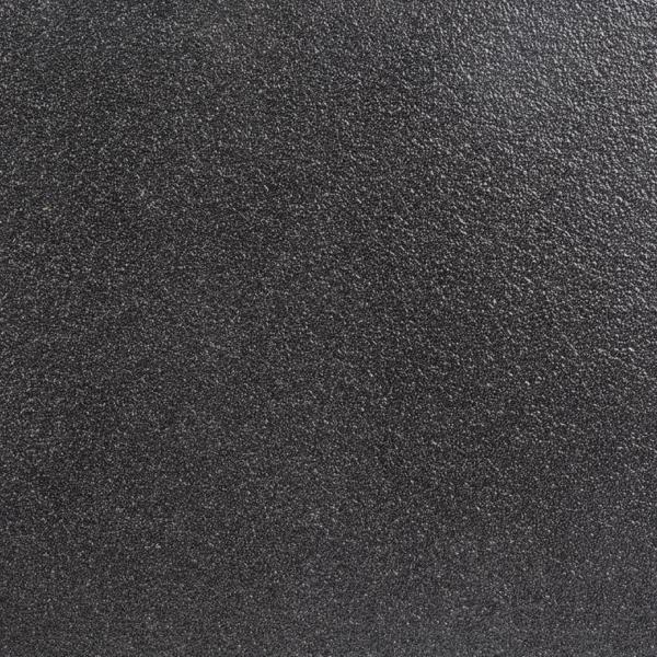 Skridsikker plade i sort på 1m2.