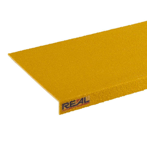 Anti-slip step cover in yellow, sizes 150x450-1200mm.