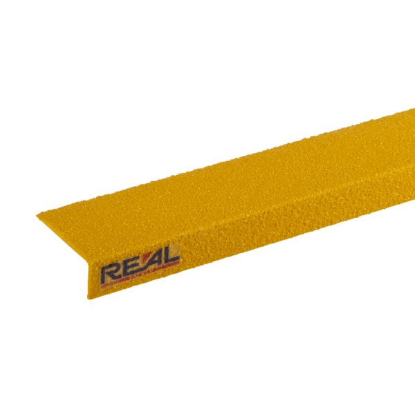 Step nosing in yellow, size 75mmx1200mm.