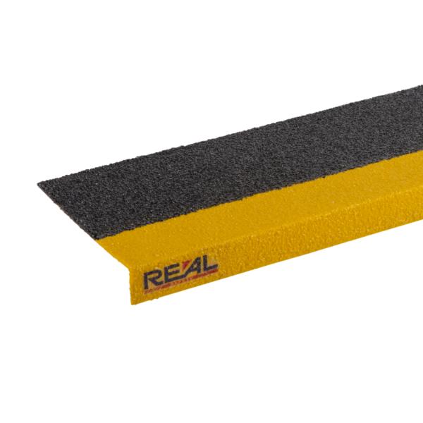Skridsikker trinsikring profil i sort og gul på 150x450-1200mm.