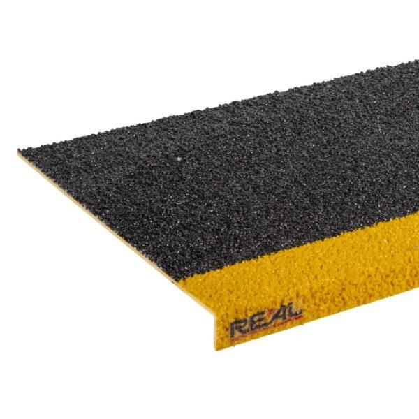 Skridsikker trinsikring profil i sort og gul på 300x450-1200mm.